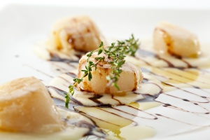 Fried Sea Scallop with Potato Cream and Balsamic Sauce